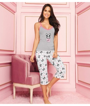 Pijama-pantalón-capri-estampado-blanco-blusa-tiras-estampada-escote-perros-gris-rosado-mujer-sensual