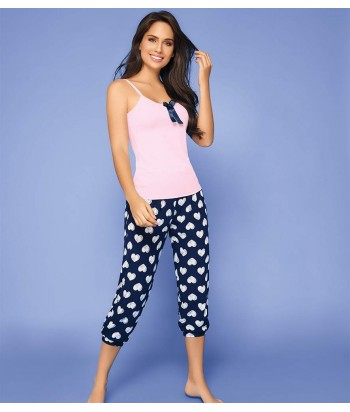 Pijama-busa-clasica-detalle-escote-sexy-pantalon-capri-corazones-mujer-sensual-azul-rosado