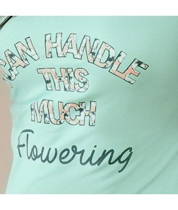 Camiseta estampada con detalle en mangas y pantalón largo estampado de bota recta