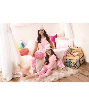 Pijama bordada en satin - Varios Colores