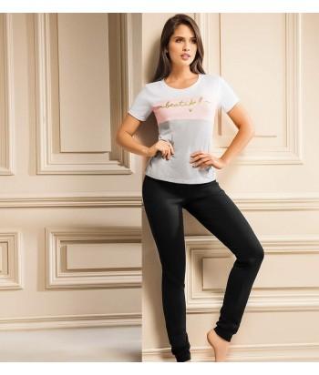 Camiseta-manga-corta-jogguer-fondo-entero-gris-negro-chica-sexy-mujer-sensual