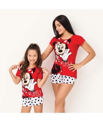 Pijama-bluza-manga-corta-roja-estampada-minnie-disney-short-blanco-niña